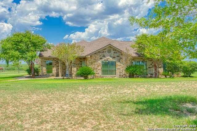 8169 Us Highway 181 S, Falls City, TX 78113 (#1475049) :: The Perry Henderson Group at Berkshire Hathaway Texas Realty