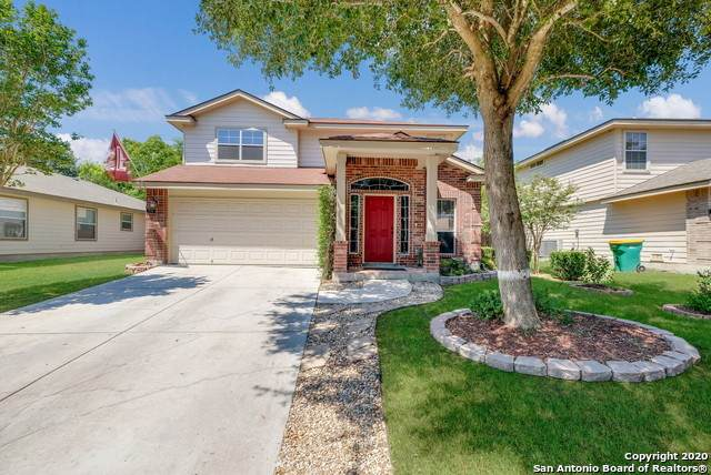 319 Lucille, Converse, TX 78109 (#1475066) :: The Perry Henderson Group at Berkshire Hathaway Texas Realty