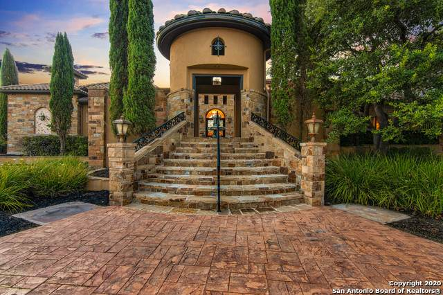1024 Spanish Trail, New Braunfels, TX 78132 (#1475098) :: The Perry Henderson Group at Berkshire Hathaway Texas Realty