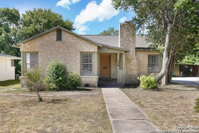 136 Thomas Jefferson Dr, San Antonio, TX 78228 (#1475198) :: The Perry Henderson Group at Berkshire Hathaway Texas Realty