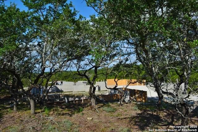 499 Primrose Path, Canyon Lake, TX 78133 (MLS #1475213) :: Exquisite Properties, LLC