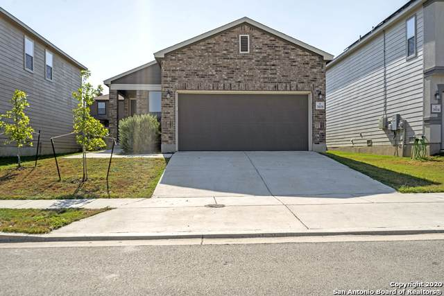 3908 Gentle Meadows, New Braunfels, TX 78130 (#1475270) :: The Perry Henderson Group at Berkshire Hathaway Texas Realty