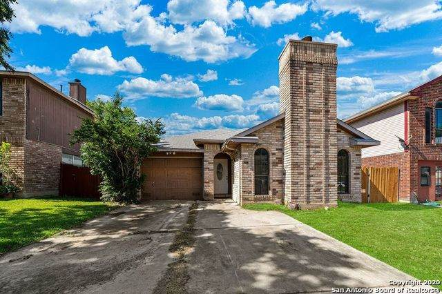 11331 Crescent Peak, San Antonio, TX 78245 (#1475422) :: The Perry Henderson Group at Berkshire Hathaway Texas Realty