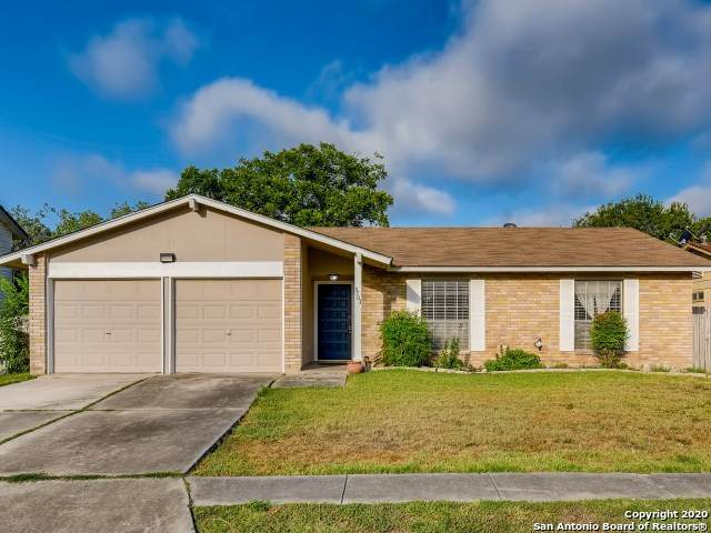 5703 Sunup Dr, San Antonio, TX 78233 (MLS #1475442) :: Alexis Weigand Real Estate Group