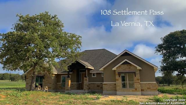 108 Settlement Pass, La Vernia, TX 78121 (MLS #1475451) :: Alexis Weigand Real Estate Group