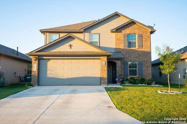 2665 Mccrae, New Braunfels, TX 78130 (#1475602) :: The Perry Henderson Group at Berkshire Hathaway Texas Realty
