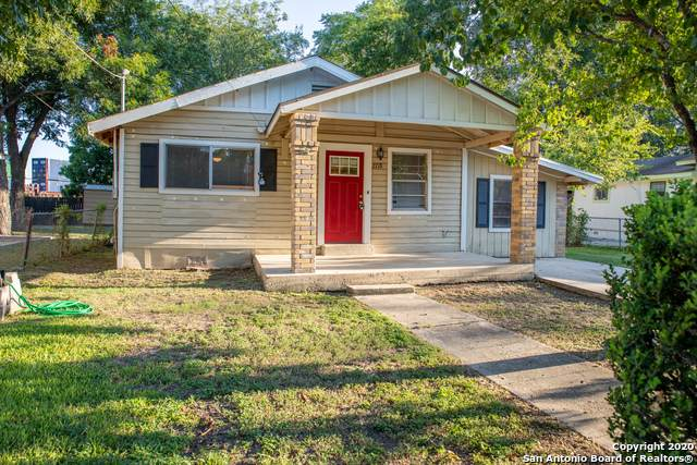 2718 Roselawn Rd, San Antonio, TX 78226 (MLS #1475803) :: Alexis Weigand Real Estate Group
