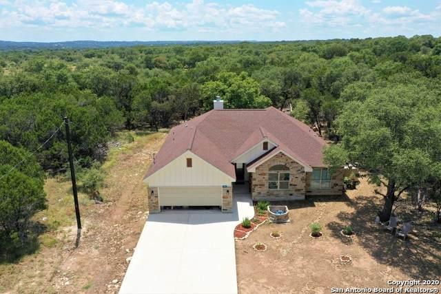 105 Oak Forest Dr, Boerne, TX 78006 (MLS #1475816) :: The Castillo Group