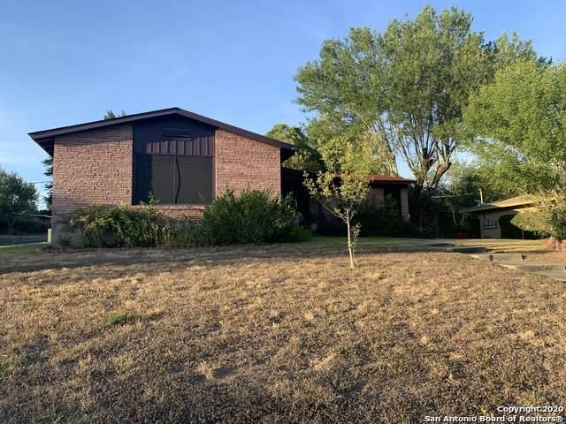 126 Padgitt Dr, San Antonio, TX 78228 (#1475836) :: The Perry Henderson Group at Berkshire Hathaway Texas Realty
