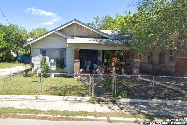 2407 W Martin St, San Antonio, TX 78207 (MLS #1475859) :: Alexis Weigand Real Estate Group