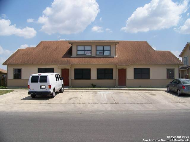 7550 Oak Chase, San Antonio, TX 78239 (#1475906) :: The Perry Henderson Group at Berkshire Hathaway Texas Realty
