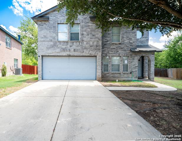7402 Castle Green, San Antonio, TX 78218 (#1475996) :: The Perry Henderson Group at Berkshire Hathaway Texas Realty