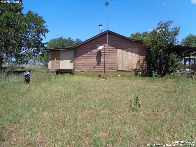 460 Woelke Rd, Seguin, TX 78155 (MLS #1476248) :: The Castillo Group