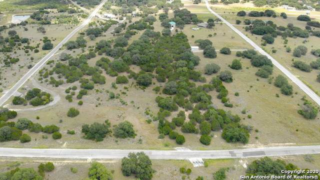 1290 Palomino Springs, Bandera, TX 78003 (MLS #1476335) :: The Heyl Group at Keller Williams