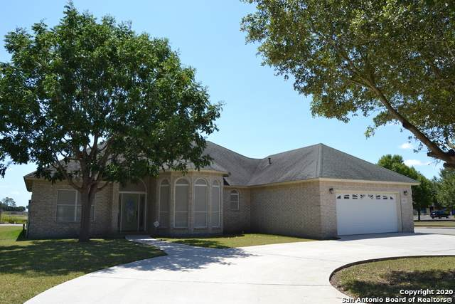 643 Garnet St, Seguin, TX 78155 (MLS #1476376) :: Front Real Estate Co.