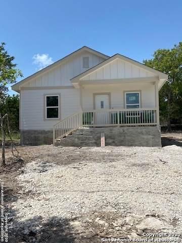 1200 Mountain View Dr, Canyon Lake, TX 78133 (#1476428) :: 10X Agent Real Estate Team
