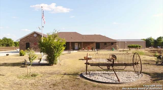 640 W County Road 672, Natalia, TX 78059 (MLS #1476445) :: The Gradiz Group