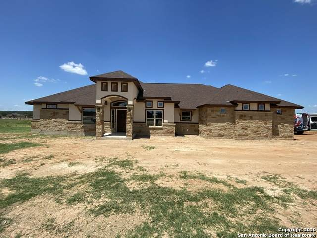 140 Westfield Ranch, La Vernia, TX 78121 (#1476504) :: The Perry Henderson Group at Berkshire Hathaway Texas Realty