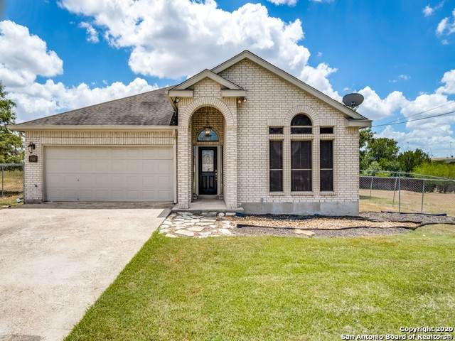 7918 Yellow Bark Blvd, Selma, TX 78154 (MLS #1476547) :: The Mullen Group | RE/MAX Access
