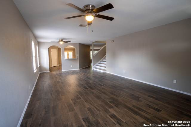 2339 Marcy Rte, San Antonio, TX 78245 (#1476650) :: 10X Agent Real Estate Team