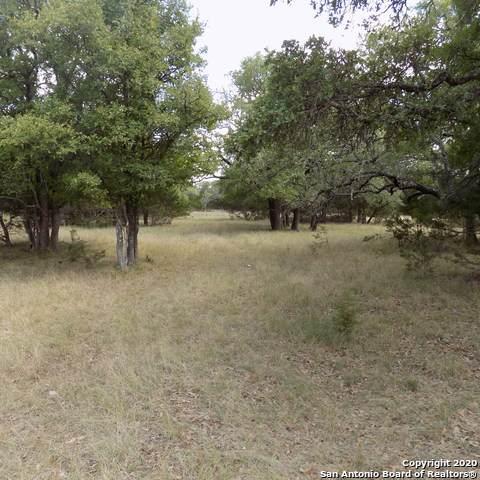 305-1 Zoeller Ln, Boerne, TX 78006 (MLS #1476689) :: Exquisite Properties, LLC