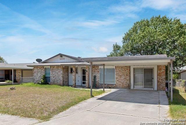 1429 Oak St, Schertz, TX 78154 (MLS #1476759) :: The Heyl Group at Keller Williams