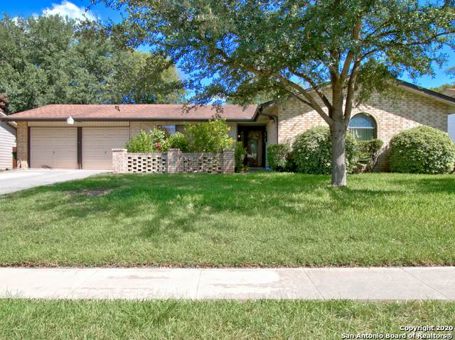 9615 Gold Dust Dr, San Antonio, TX 78245 (#1476765) :: The Perry Henderson Group at Berkshire Hathaway Texas Realty