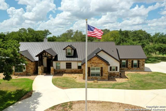 15122 Fm 775, La Vernia, TX 78121 (#1476813) :: The Perry Henderson Group at Berkshire Hathaway Texas Realty