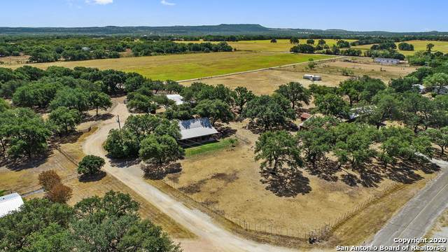 225 County Road 403A, Marble Falls, TX 78654 (#1476825) :: The Perry Henderson Group at Berkshire Hathaway Texas Realty