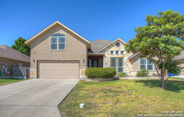 2220 Sun Pebble Way, New Braunfels, TX 78130 (MLS #1477479) :: The Castillo Group