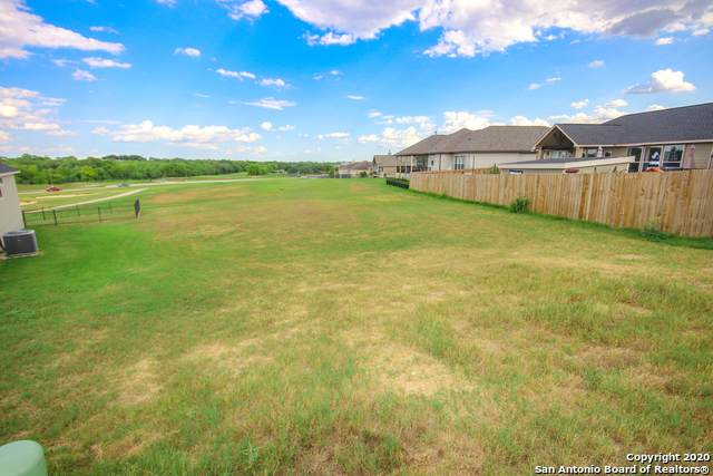 144 Grand View, Floresville, TX 78114 (MLS #1477631) :: BHGRE HomeCity San Antonio
