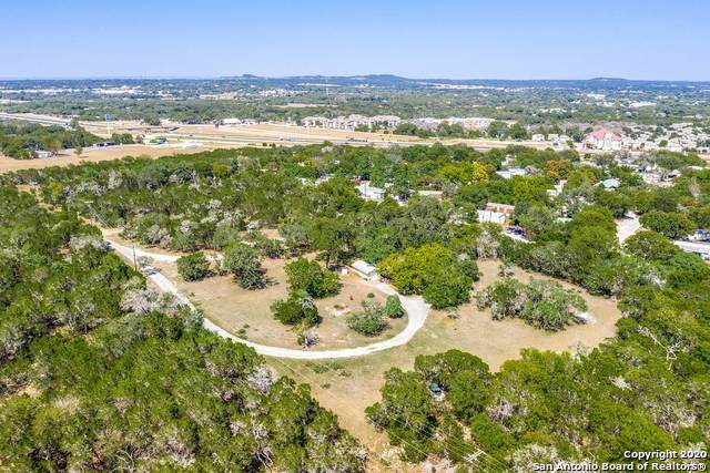 10009 Johns Rd, Boerne, TX 78006 (MLS #1478385) :: The Castillo Group