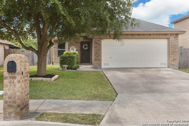3438 Rob Roy St, Seguin, TX 78155 (MLS #1479839) :: The Gradiz Group