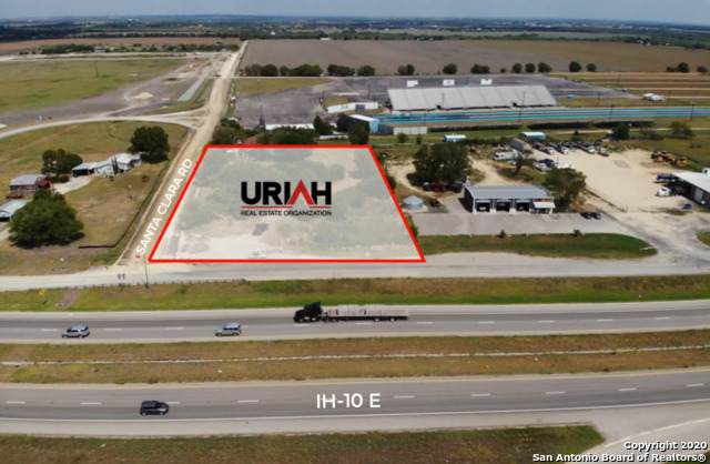 1.94 ACRES Ih-10, Marion, TX 78124 (MLS #1479841) :: The Glover Homes & Land Group