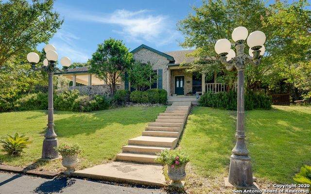 611 N Pleasant Valley Dr, Boerne, TX 78006 (MLS #1479871) :: The Castillo Group