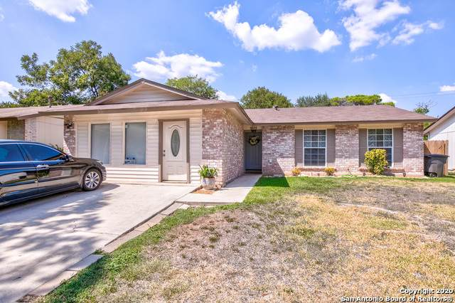 9335 Cliff Way St, San Antonio, TX 78250 (MLS #1480668) :: REsource Realty