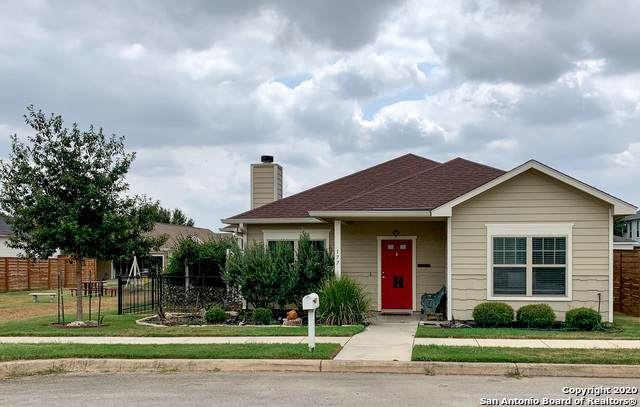 177 Lark Hill Rd, Floresville, TX 78114 (MLS #1480893) :: Concierge Realty of SA