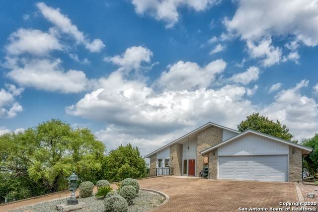 1211 That Away, Horseshoe Bay, TX 78657 (MLS #1481307) :: Santos and Sandberg