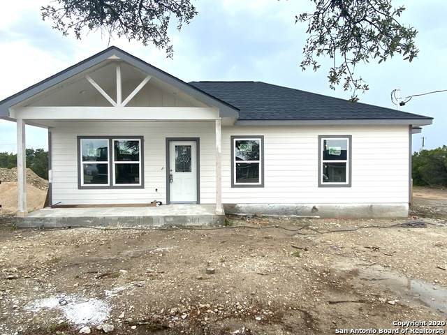 187 Crestview Ln, Spring Branch, TX 78070 (MLS #1481413) :: The Castillo Group