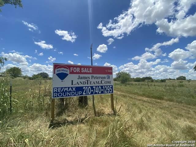 000 Postert Ln, Floresville, TX 78114 (MLS #1481507) :: The Castillo Group
