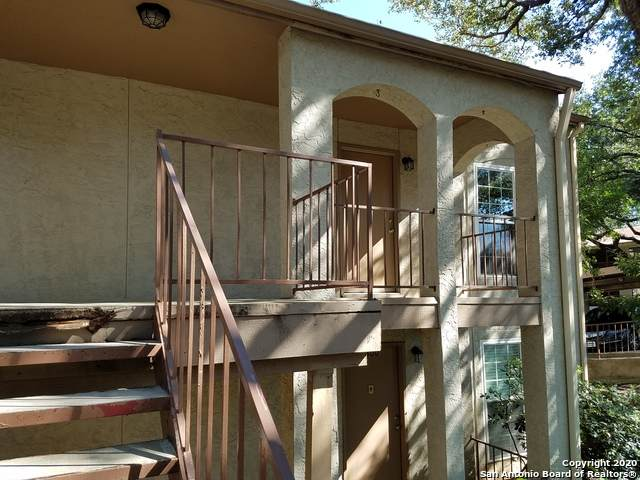 8702 Village Dr #301, San Antonio, TX 78217 (MLS #1481647) :: The Gradiz Group