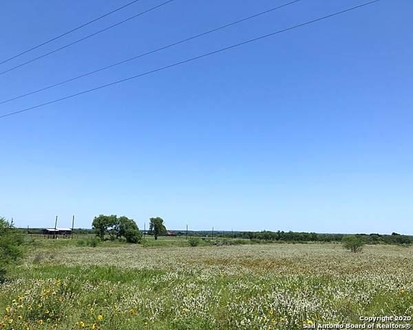 208 Fm 1344, Floresville, TX 78114 (MLS #1482327) :: The Lugo Group
