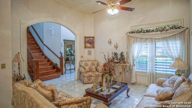 116 Palm Circle, Castle Hills, TX 78213 (MLS #1482411) :: Santos and Sandberg