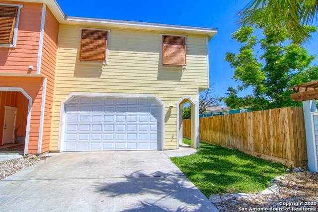 247 W Roberts Ave 1A, Port Aransas, TX 78373 (MLS #1482457) :: The Gradiz Group