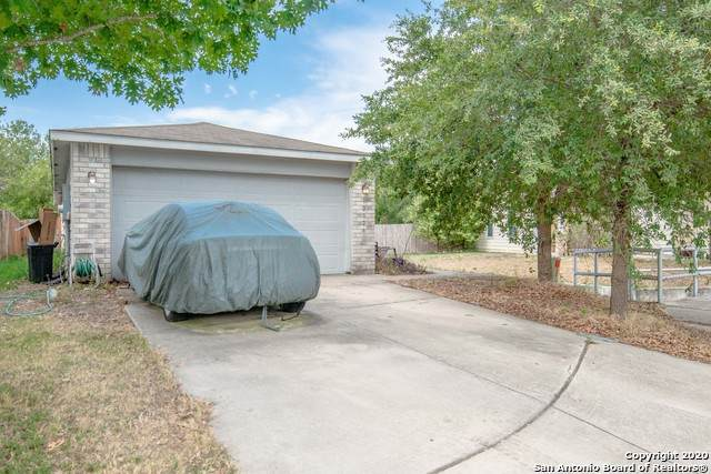 12326 Mountain Pine, San Antonio, TX 78254 (MLS #1482497) :: The Castillo Group