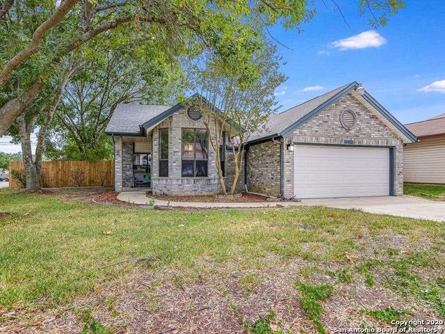 10302 Cedarbend Dr, San Antonio, TX 78245 (MLS #1482537) :: REsource Realty