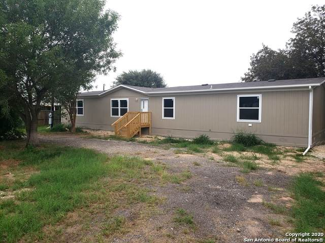 4219 Accors, Elmendorf, TX 78112 (MLS #1482565) :: The Real Estate Jesus Team