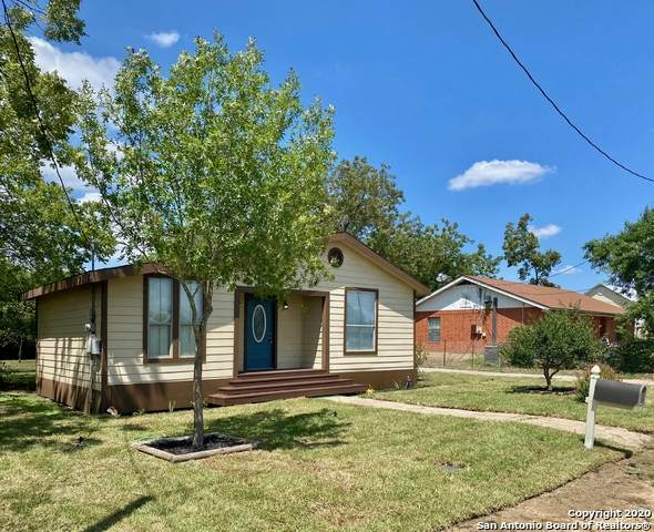 1259 Broadway, New Braunfels, TX 78130 (MLS #1482578) :: The Glover Homes & Land Group