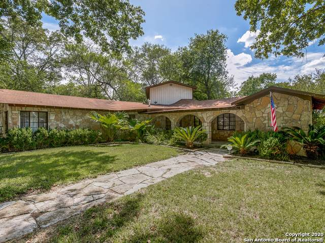 1130 Bartholomae St, Seguin, TX 78155 (MLS #1482654) :: The Mullen Group | RE/MAX Access