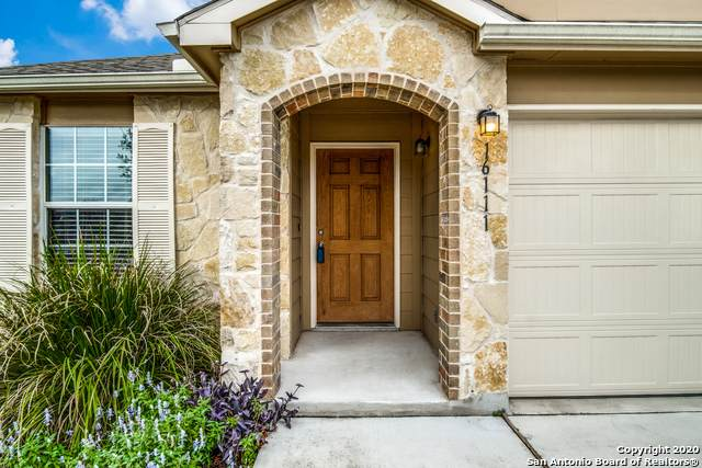 16111 Julep Chase, Selma, TX 78154 (#1482849) :: The Perry Henderson Group at Berkshire Hathaway Texas Realty